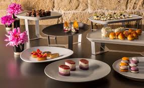 Buffet Set Up by Buffet Set Up For Every Décor Rosseto Serving Solutions