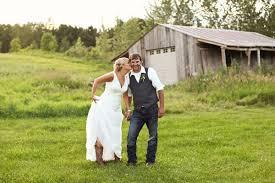Enchanted Barn Hillsdale Wi Sneak Peek Enchanted Barn Wedding Lindsey U0026 Mike Kate