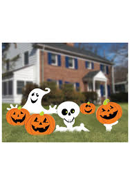 halloween decorated homes halloween yard ideas decorations inflatables and spookies skeleton