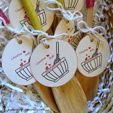 bridal shower favors diy what are some ideas for bridal shower favors lovely crafty in