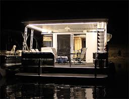 led houseboat