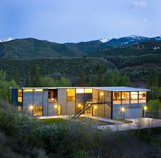 photo 16 of 21 in 20 modern prefab companies perfect for mountain