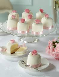 individual wedding cakes vintage mini wedding cakes individual servings of all butter