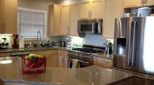 kitchen wall colors with maple cabinets 16 beautiful kitchen colors with maple cabinets homes