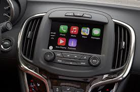 nissan leaf apple carplay buick gmc introduce apple carplay on 2016 models motor trend wot