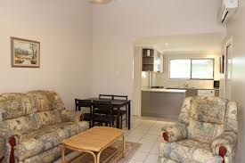 1 59 kitchener street south toowoomba qld 4350 re max success