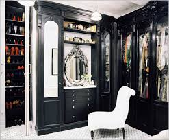 what is a walk in closet mistakes to avoid when building a new hom on what is the average