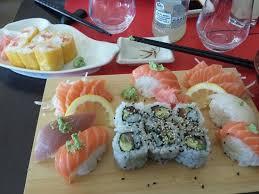 cuisine plat plat a8 et maki jaune picture of sushi h angouleme tripadvisor