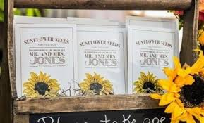 sunflower wedding favors 100 edible wedding favor ideas we hi miss puff
