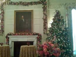 white house christmas decorations van law