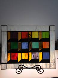 stained glass optical illusion