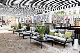retractable patio cover at rockefeller center shadefx canopies