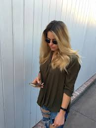 ombre hair growing out embracing your roots how to grow out your hair color the
