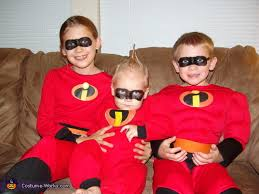Incredibles Halloween Costume Incredibles Movie Family Costume Idea Photo 3 3
