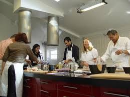 les élèves dans l atelier photo de cuisine coup de coeur