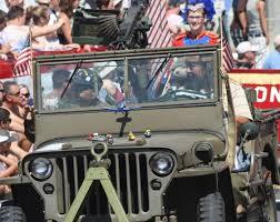 vintage military jeep huntington beach parade 305 huntington beach parade