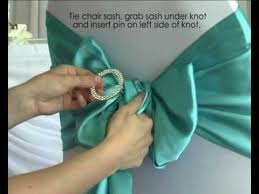 Chair Sashes How To Use A Diamante Buckle With Chair Sashes In Your Wedding