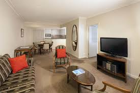 2 Bedroom Apartments Melbourne Accommodation Mantra On Russell One Bedroom Apartment Holiday Apartment