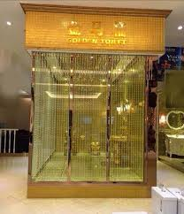 king abdullah of saudi arabia gifted a toilet made of gold to his