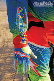 dirt wheels magazine gear grinder alpinestars techstar venom