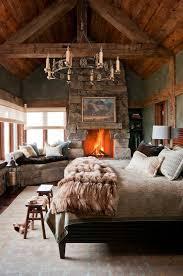 lodge decorating the distinctive cottage