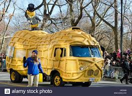 Planters Peanuts Commercial by The Planters U0027 Peanuts Mascot Mr Peanut Rides The Nutmobile In