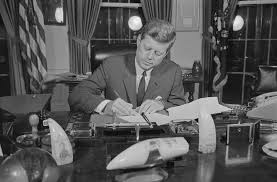 john f kennedy a quick biography of president john f kennedy