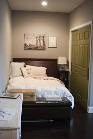 Basement Room Decorating Ideas Best 25 Small Basement Bedroom Ideas On Pinterest Small Master