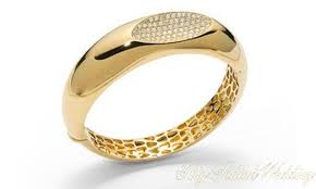 damas wedding rings glitter and shimmer with this diamond ring from d damas http bit
