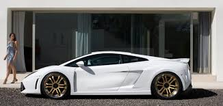 white lamborghini gallardo gtv lamborghini gallardo lp560 white side view closer