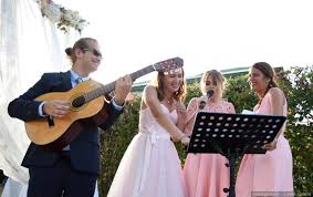 parodie chanson mariage 10 chansons à parodier lors de votre mariage
