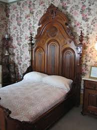 Victorian Furniture Bedroom by 636 Best Victorian U0026 Other Fancy Furniture Images On Pinterest