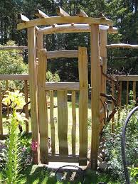 diy garden fence gate home u0026 gardens geek