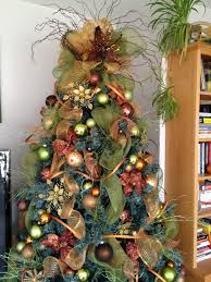 Ribbon Decoration Pinterest Rustic Christmas Tree Decoration With Green Mesh Ribbon And Most