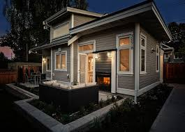 Simple Home Design 25 Best Small Homes Exteriors Ideas On Pinterest Small Houses