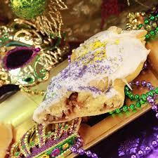 king cake shipping cinnamon pecan king cake cajun pecan house