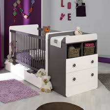 chambre bébé taupe et blanc chambre bébé évolutive beau lit bebe evolutif avec tiroir blanc