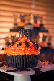 Halloween Cupcake Cake 1000 Images About Halloween On Pinterest Pumpkins Spider Cake
