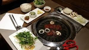 cuisine simple et bonne un bon coréen dans un style épuré pour la déco et typique pour la