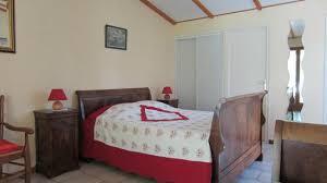 chambre d hote mirmande intérieur de la première chambre 1 lit parental et 1 lit en 90