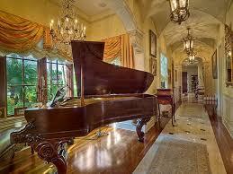 mediterranean style home interiors best 25 luxury mediterranean homes ideas on
