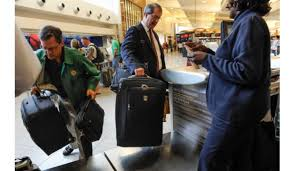 Luggage United Airlines United Gets Tough On Oversized Carry On Bags Plans To Eyeball