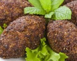 cuisine libanaise recette recette de kebbe libanais végétariens à l aubergine
