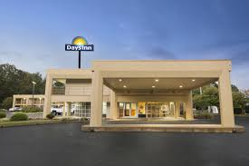 Fairview Inn At Six Flags Atlanta Days Inn Atlanta Stone Mountain Stone Mountain Hotels Ga 30087
