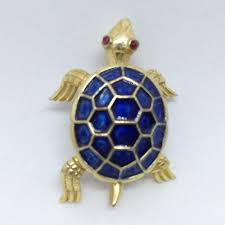 signed crown trifari vintage turtle brooch pin blue enamel red