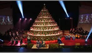 Singing Christmas Tree Lights Abilene Baptist Church Tells Same Story In New Way Through Annual