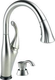 leaking kitchen faucet kitchen faucet leaking from handle pizzle me
