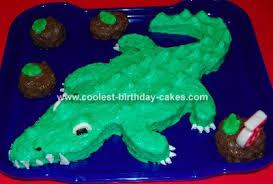 simple crocodile birthday cake