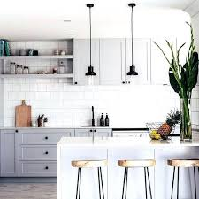 Black Hardware For Kitchen Cabinets White Kitchen Cabinets With Silver Hardware White Kitchen Cabinets