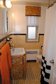 Yellow Tile Bathroom Ideas 8 Best Old Bathroom Ideas Images On Pinterest Retro Bathrooms